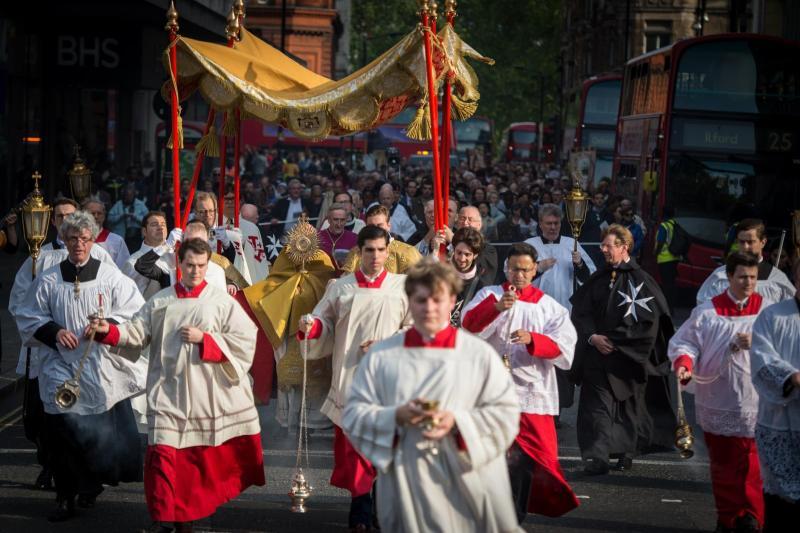 London parishes host Eucharistic Octave celebration