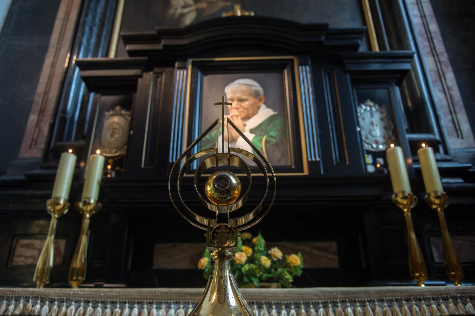 Novena to St John Paul II for the flourishing of life
