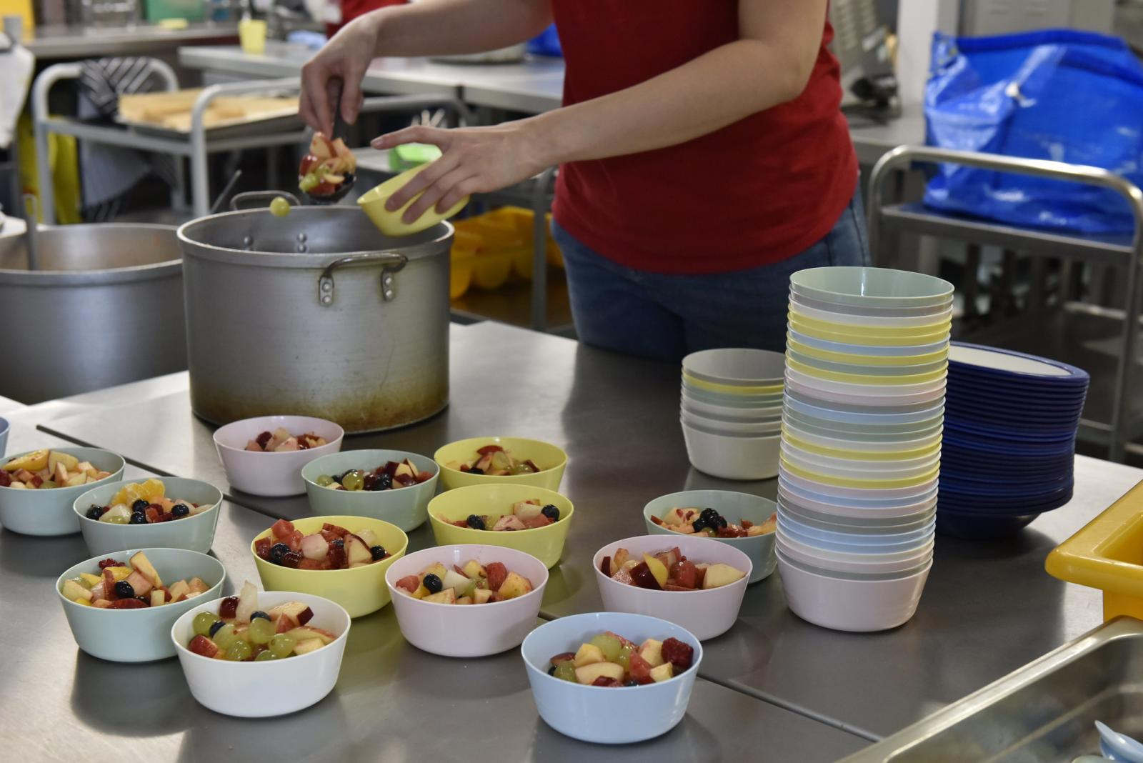 Catholic projects serve over 95,000 meals, as faith leaders call for strategy to tackle poverty - Diocese of Westminster
