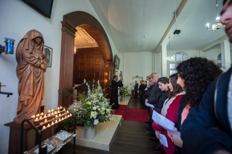 Parishioners at Our Lady of Lebanon Church in London (Mazur/CBCEW.org.uk)